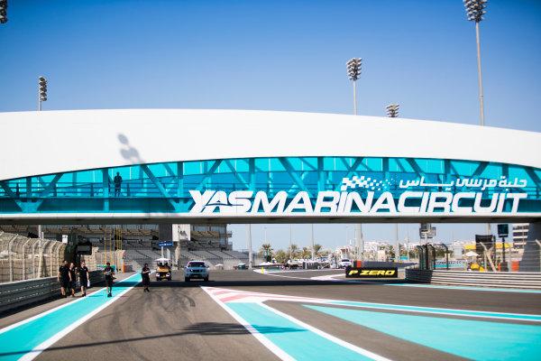 2017 FIA Formula 2 Round 11. Yas Marina Circuit, Abu Dhabi, United Arab Emirates. Thursday 23 November 2017. Gustav Malja (SWE, Racing Engineering).  Photo: Sam Bloxham/FIA Formula 2. ref: Digital Image _J6I0909