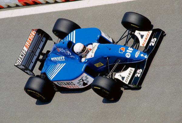 Catalunya, Barcelona, Spain. 7-9 May 1993.Martin Brundle (Ligier JS39 Renault).Ref-93 ESP 16.World Copyright - LAT Photographic