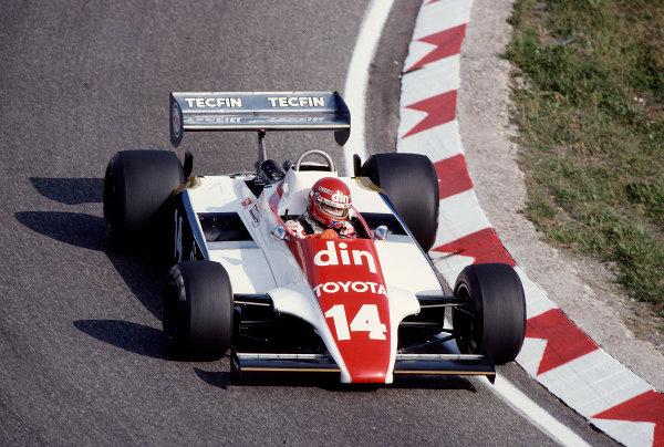 1981 Dutch Grand Prix.Zandvoort, Holland.28-30 August 1981.Eliseo Salazar (Ensign N180B Ford) 6th position.Ref-81 HOL 37.World Copyright - LAT Photographic
