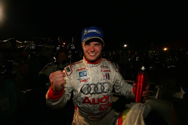 2004 American Le Mans Series (ALMS)Laguna Seca, California, USA. 15 - 16 October.Kaffer celebrates after last stint.World Copyright: Richard Dole/LAT Photographicref: Digital Image Only