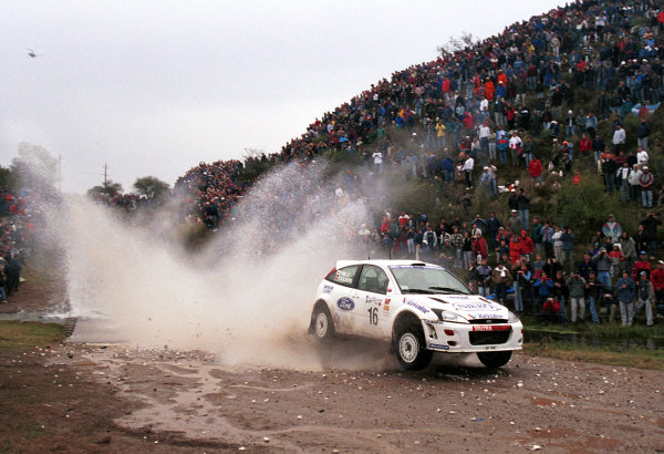 Petter Solberg in action in the Ford Focus WRC.Argentina Rally 2000.Photo:McKlein/LAT
