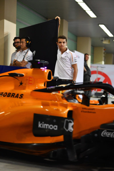 Lando Norris, McLaren and Carlos Sainz Jr, McLaren MCL33