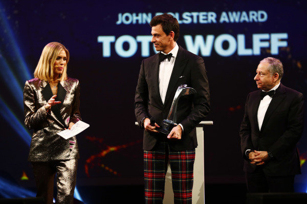 Toto Wolff receives a John Bolster Award.