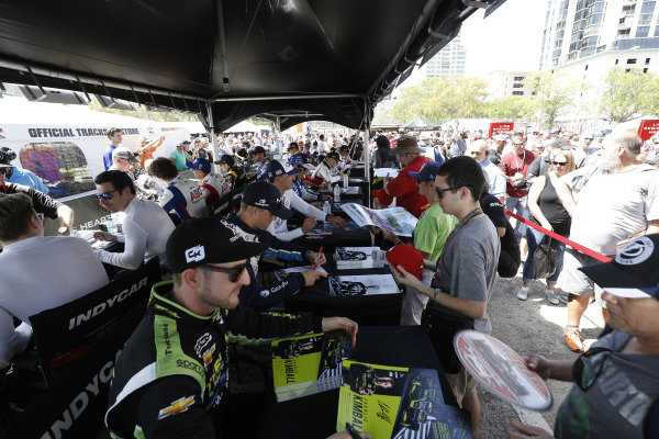 Charlie Kimball, Carlin Chevrolet, autograph session