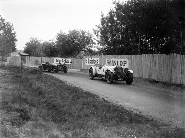 Boris Ivanowski / Henri Stoffel, Mercedes-Benz SSK, leads Earl Howe / Henry Birkin, Lord E. Howe, Alfa Romeo 8C 2300 LM.
