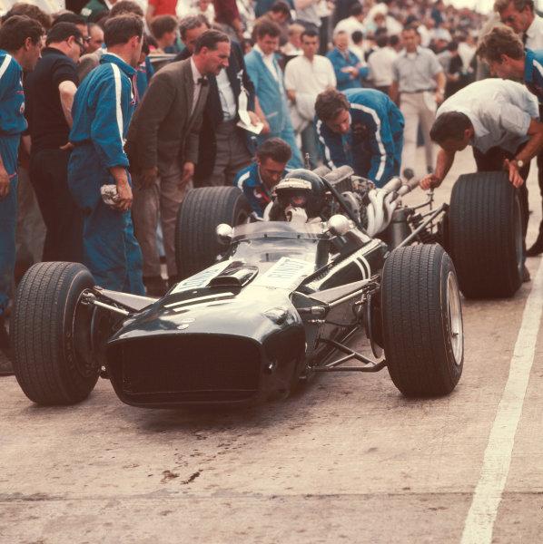 1967 British Grand Prix.Silverstone, England.13-15 July 1967.Jochen Rindt (Cooper T86 Maserati).Ref-3/3074.World Copyright - LAT Photographic