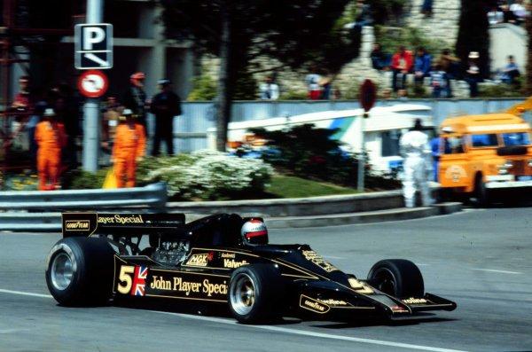 1977 Monaco Grand Prix. Monte Carlo, Monaco. 20-22 May 1977. Mario Andretti (Lotus 78 Ford) 5th position. World Copyright - LAT Photographic Ref: 77MON53