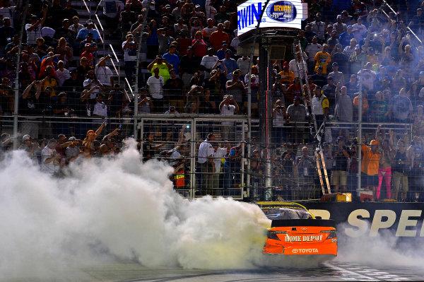 August 23-24, 2013, Bristol, Tennessee USA Matt Kenseth, Dollar General Toyota Camry Victory Burnout © 2013, Brian Czobat LAT Photo USA