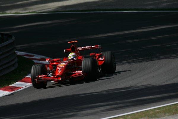 2007 Italian Grand Prix - Friday PracticeAutodromo di Monza, Monza, Italy.7th September 2007.Felipe Massa, Ferrari F2007. Action. World Copyright: Steven Tee/LAT Photographicref: Digital Image YY2Z8344