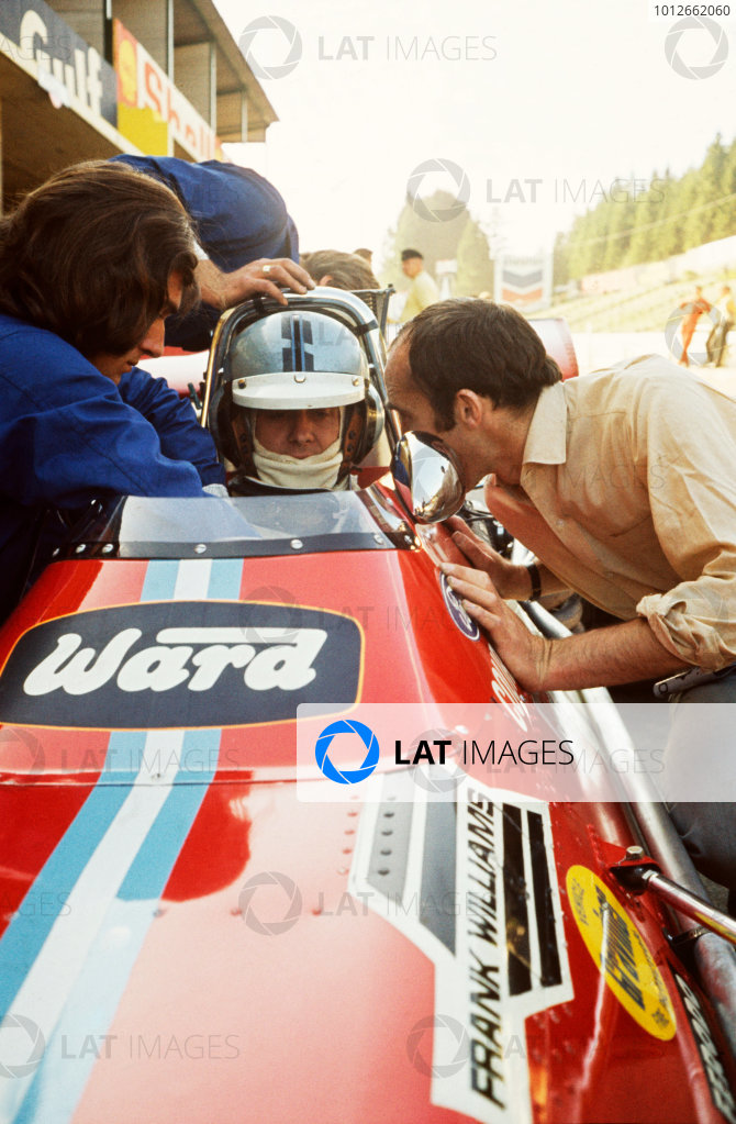 Spa-Francorchamps, Belgium. 5th - 7th June 1970.Piers Courage (De Tomaso 505/38-Ford), retired, talk with team owner, Frank Williams in the pits, portrait.World Copyright: LAT Photographic.Ref:  70BEL124.