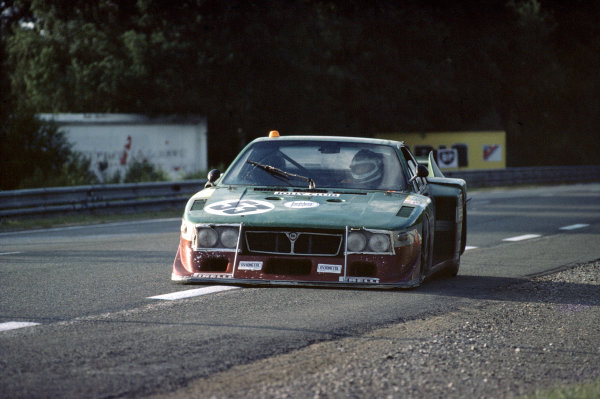 1980 Le Mans 24 Hours. Le Mans, France. 14th - 15th June. Carlo Facetti / Martino Finotto (Jolly Club Lancia Beta), 19th position, action. World Copyright: Bill Murenbeeld/LAT Photographic.