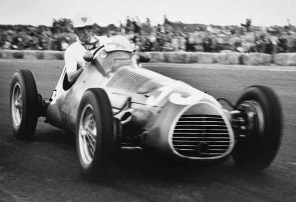 1952 British Grand Prix.Silverstone, Great Britain. 19 July 1952.Harry Schell (Maserati 4CLT/48-Plate). Ref-52/34 #15.World Copyright - LAT Photographic