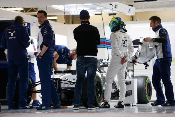 Shanghai International Circuit, Shanghai, China. Thursday 9 April 2015. Felipe Massa, Williams F1, in the garage. World Copyright: Charles Coates/LAT Photographic. ref: Digital Image _J5R6491