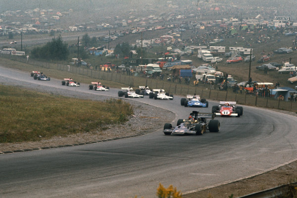 1972 Canadian Grand Prix.  Mosport, Canada. 22-24th September 1972.  Emerson Fittipaldi, Lotus 72D Ford, leads Clay Regazzoni, Ferrari 312B2, and Chris Amon, Matra MS120D.  Ref: 72CAN39. World Copyright: LAT Photographic