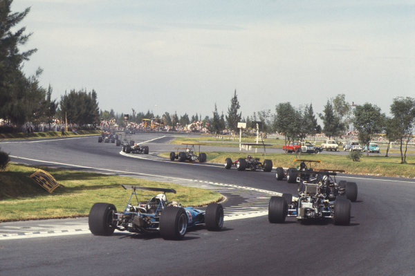 Mexico City, Mexico. 1-3rd November 1968.  Johnny Servoz-Gavin, Matra MS10 Ford, at the back of a group of cars going through the chicane just before the hairpin.  Ref: 68MEX36. World Copyright: LAT Photographic
