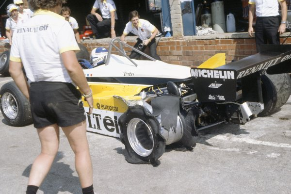 1982 South African Grand Prix.Kyalami, South Africa. 21-23 January 1982.Alain Prost (Renault RE30B) in the pits with a puncture.World Copyright: LAT PhotographicRef: 35mm transparency 82SA30