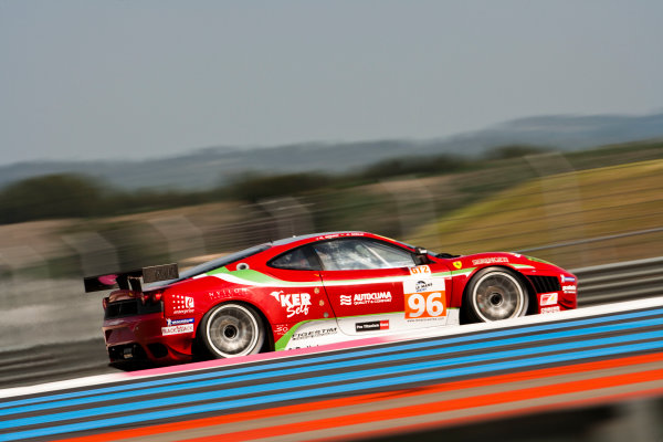 Paul Ricard, France. 9th - 11th April 2010. Gianmaria Bruni / Jaime Melo, (AF Corse, Ferrari 430 GT). Action. World Copyright: Drew Gibson/LAT Photographic. Digital Image _Y8P7977