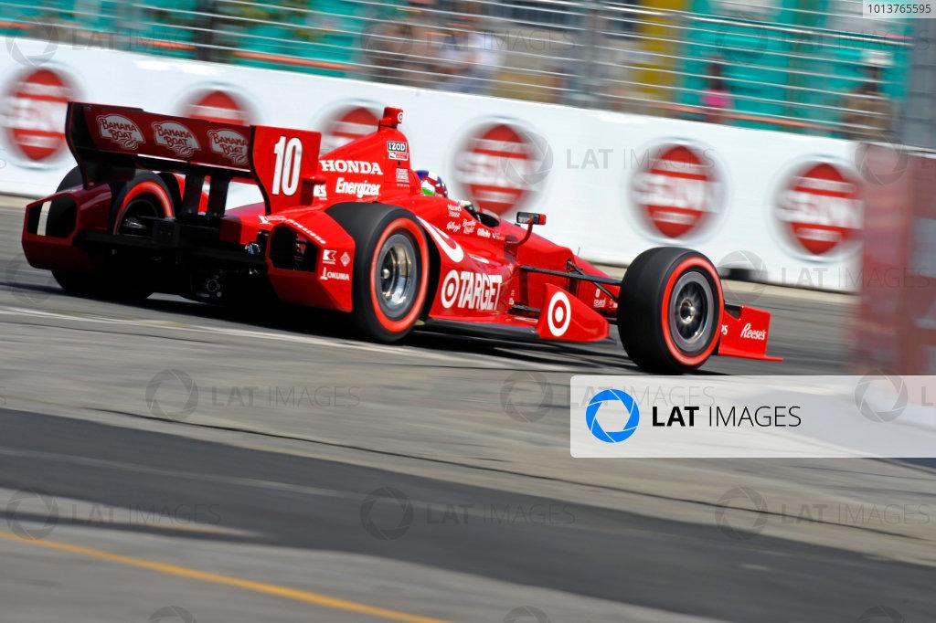 6-8 July, 2012, Toronto, Ontario CADario Franchitti (#10) races through turn 10 during the
