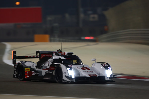 2014 World Endurance Championship, Bahrain International Circuit, Sakhir, Bahrain 13th-15th November, 2014. Lucas DI GRASSI, Lo?c DUVAL, Tom KRISTENSEN 	Audi R18 e-tron quattro  World copyright: Lord/Ebrey/LAT Photographic