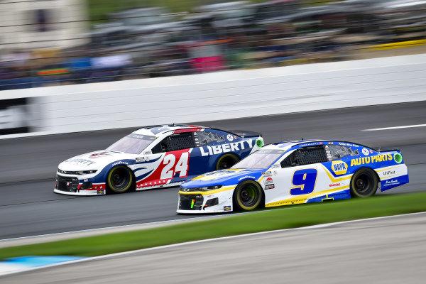 #24: William Byron, Hendrick Motorsports, Chevrolet Camaro Liberty University, #9: Chase Elliott, Hendrick Motorsports, Chevrolet Camaro NAPA Auto Parts
