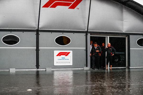 FOM TV Crew in the rain.