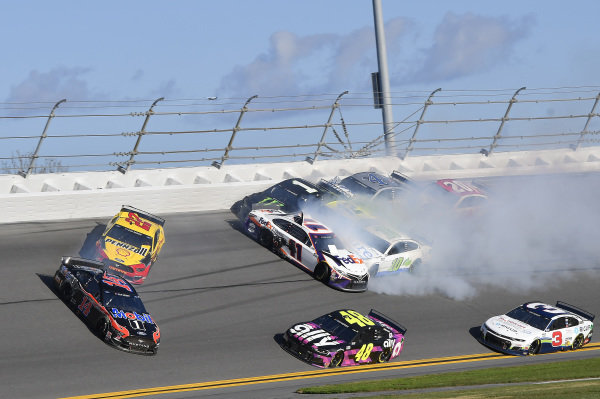 #14: Clint Bowyer, Stewart-Haas Racing, Ford Mustang Rush / Mobil 1, #22: Joey Logano, Team Penske, Ford Mustang Shell Pennzoil, #11: Denny Hamlin, Joe Gibbs Racing, Toyota Camry FedEx Express, #48: Jimmie Johnson, Hendrick Motorsports, Chevrolet Camaro Ally, #1: Kurt Busch, Chip Ganassi Racing, Chevrolet Camaro Monster Energy#4: Kevin Harvick, Stewart-Haas Racing, Ford Mustang Busch Light #PIT4BUSCH, #20: Erik Jones, Joe Gibbs Racing, Toyota Camry Sports Clips, #3: Austin Dillon, Richard Childress Racing, Chevrolet Camaro Symbicort/RigUp