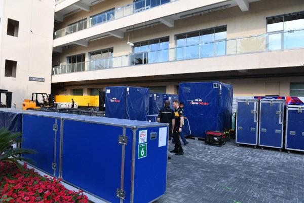 Scuderia Toro Rosso STR13  freight