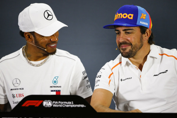 Lewis Hamilton, Mercedes AMG F1, and Fernando Alonso, McLaren, in the press conference