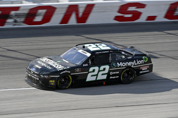 #22: Austin Cindric, Team Penske, Ford Mustang MoneyLion