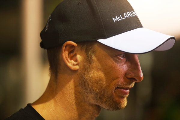 Marina Bay Circuit, Singapore. Friday 18 September 2015. Jenson Button, McLaren. World Copyright: Alastair Staley/LAT Photographic ref: Digital Image _R6T4569
