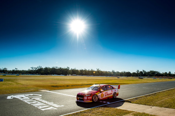 2017 Supercars Championship Round 8.  Ipswich SuperSprint, Queensland Raceway, Queensland, Australia. Friday 28th July to Sunday 30th July 2017. Scott McLaughlin, Team Penske Ford.  World Copyright: Daniel Kalisz/ LAT Images Ref: Digital Image 280717_VASCR8_DKIMG_7892.jpg