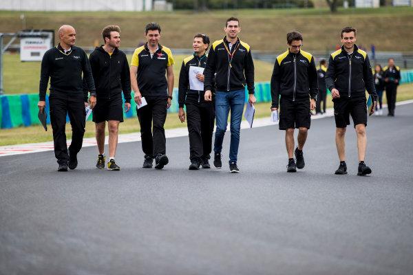 2017 FIA Formula 2 Round 7. Hungaroring, Budapest, Hungary. Thursday 27 July 2017. Oliver Rowland (GBR, DAMS) and Nicholas Latifi (CAN, DAMS). Photo: Zak Mauger/FIA Formula 2. ref: Digital Image _54I0015