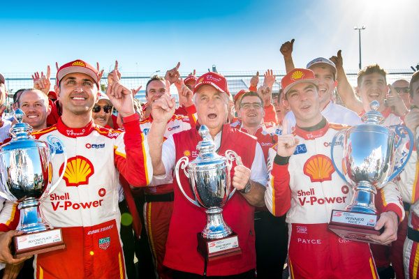 2017 Supercars Championship Round 4.  Perth SuperSprint, Barbagallo Raceway, Western Australia, Australia. Friday May 5th to Sunday May 7th 2017. Fabian Coulthard driver of the #12 Shell V-Power Racing Team Ford Falcon FGX, Roger Penske team owner of DJR Team Penske, Scott McLaughlin driver of the #17 Shell V-Power Racing Team Ford Falcon FGX. World Copyright: Daniel Kalisz/LAT Images Ref: Digital Image 060517_VASCR4_DKIMG_3985.JPG