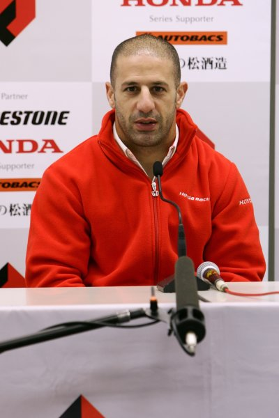 2007 Formula Nippon ChampionshipSuzuka Circuit, Japan17th - 18th November 2007Tony Kanaan (Kanaan Racing). Press Conference. Portrait.World Copyright: Yasushi Ishihara/LAT Photographicref: Digital Image 2007FN_R9_034
