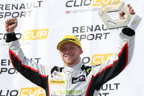 2016 Renault Clio Cup, Donington Park, 16th-17th April 2016, Max Coates (GBR) Ciceley Motorsport Renault Clio Cup World copyright. Jakob Ebrey/LAT Photographic