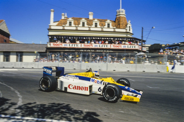 Keke Rosberg, Williams FW10 Honda.