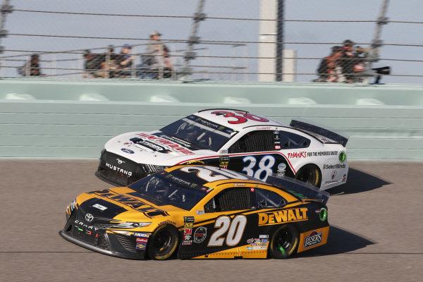 #20: Erik Jones, Joe Gibbs Racing, Toyota Camry DeWalt #38: David Ragan, Front Row Motorsports, Ford Mustang Thank You David