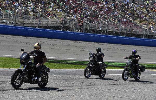 Monster Motorcycles, #1: Kurt Busch, Chip Ganassi Racing, Chevrolet Camaro Monster Energy