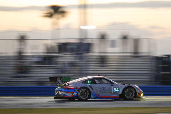 #64 TeamTGM Porsche 911 GT3R, GTD: Owen Trinkler, Matt Plumb, Hugh Plumb, Ted Giovanis