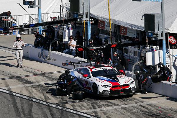 #25 BMW Team RLL BMW M8 GTE, GTLM: Connor De Phillippi, Philipp Eng, Bruno Spengler, Colton Herta, pit stop