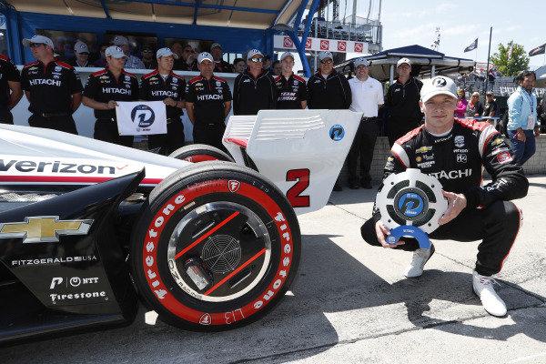 Josef Newgarden, Team Penske Chevrolet celebrates winning the NTT P1 Award