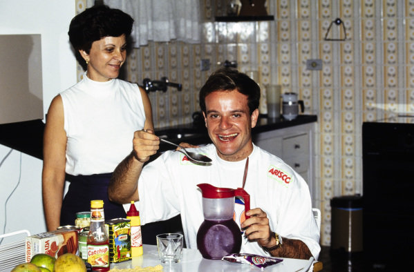 Rubens Barrichello with his mother.