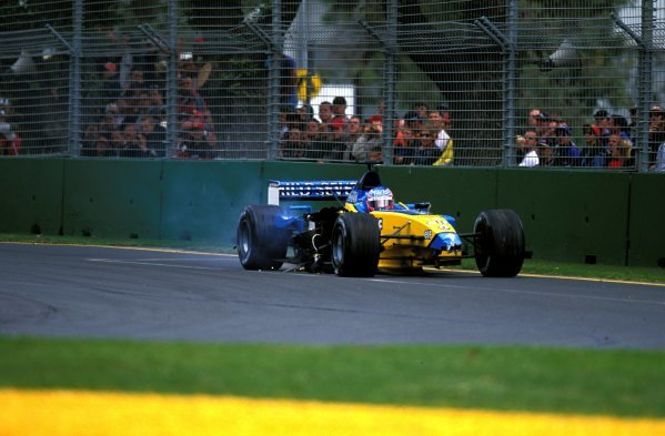 Jenson Button (GBR) Renault R202, retired on lap 1 after suffering serious damage in the first corner shunt.