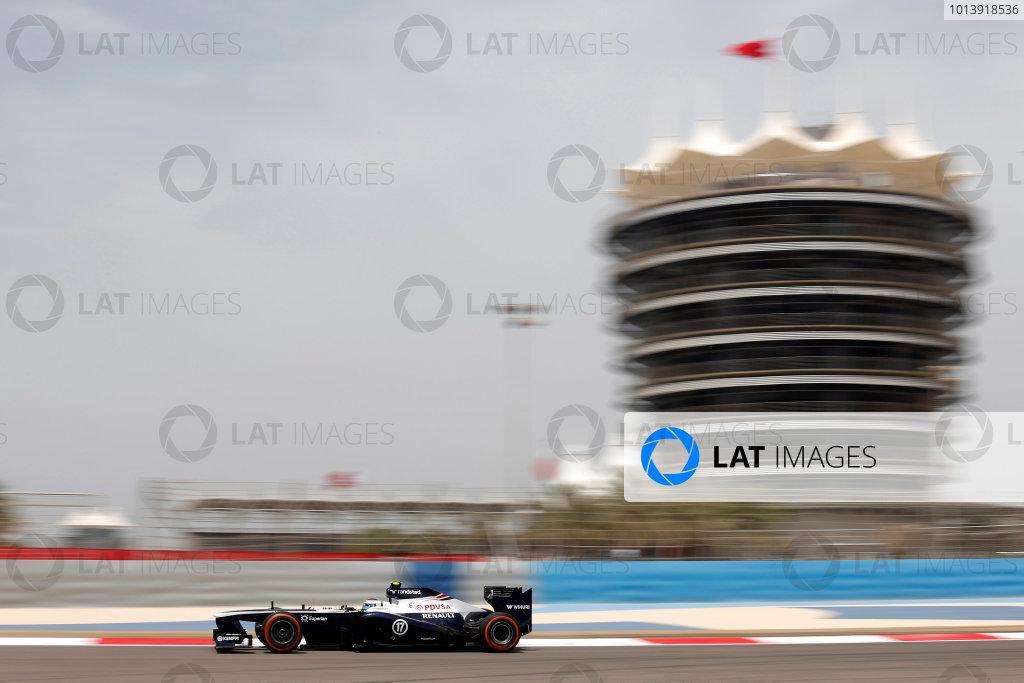 Bahrain International Circuit, Sakhir, Bahrain Friday 19th April 2013 Valtteri Bottas, Williams FW35 Renault.  World Copyright: Andrew Ferraro/LAT Photographic ref: Digital Image _79P9366