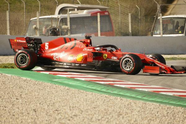 Sebastian Vettel, Ferrari SF1000 spins out buring testing