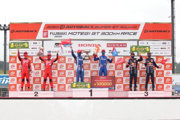 GT500 Winner Koudai Tsukakoshi & Bertrand Baguette ( #17 KEIHIN NSX-GT ) 2nd position Yuji Tachikawa & Hiroaki Ishiura ( #38 ZENT GR Supra ) 3rd position Hideki Mutoh & Ukyo Sasahara ( #16 WAKO'S 4CR GR Supra ) Podium Portrait