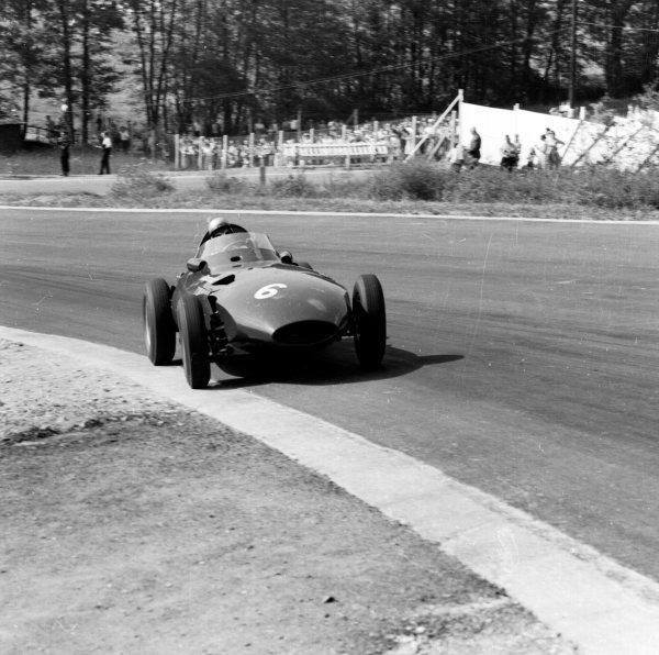 1958 Belgian Grand Prix. Spa-Francorchamps, Belgium. 13-15 June 1958. Stuart Lewis-Evans (Vanwall), 3rd position. Ref-2125. World Copyright - LAT Photographic
