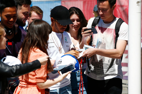 Sochi Autodrom, Sochi, Russia. Thursday 27 April 2017. Lewis Hamilton, Mercedes AMG, signs autographs for fans. World Copyright: Andy Hone/LAT Images ref: Digital Image _ONY8823