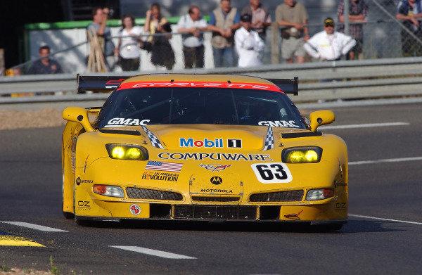 2004 Le Mans 24 HoursLe Mans France. 7th June 2004Fellows/O'Connell/Papis (Corvette Racing Chevrolet Corvette C5-R) ction.World Copyright: Jeff Bloxham/LAT Photoghraphic ref: Digital Image Only