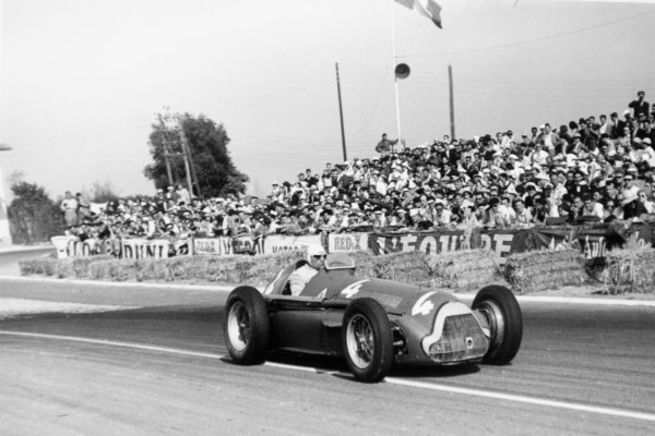 1951 French Grand Prix.Reims-Gueux, France. 1 July 1951.Juan Manuel Fangio/Luigi Fagioli (Alfa Romeo 159). Ref-51/32 #24.World Copyright - LAT Photographic